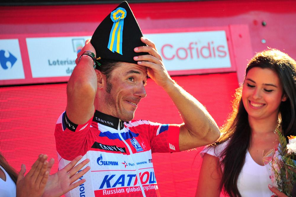 Joaquim Rodriguez enfile un joli chapeau aux couleurs des Asturies