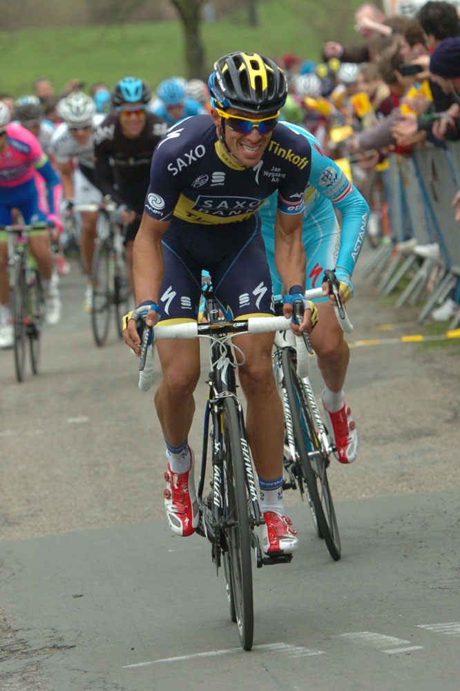 Alberto Contador passe à l'attaque