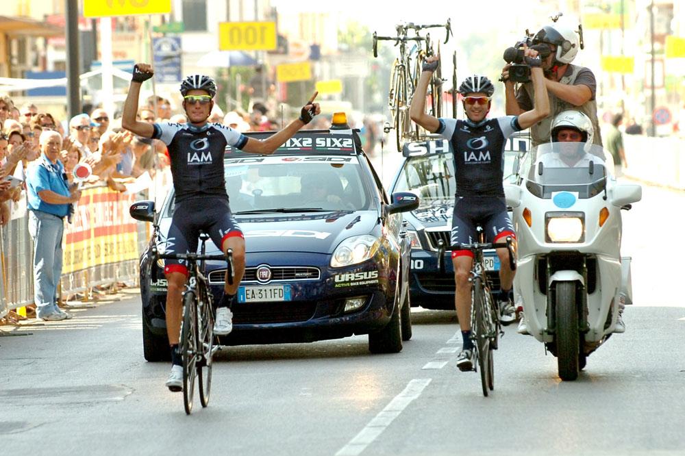 Sébastien Reichenbach et Johann Tschopp font un triomphe