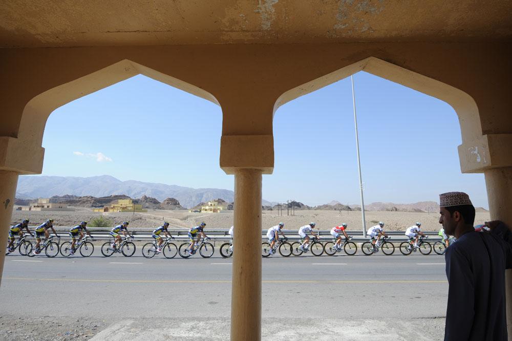 Le peloton visite le Sultanat d'Oman