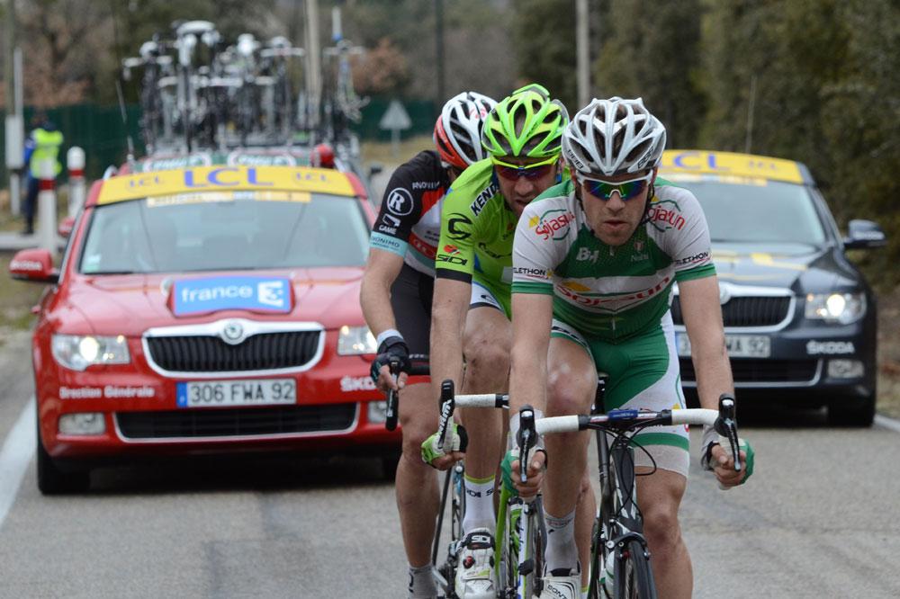 Cyril Lemoine roule en tête de course