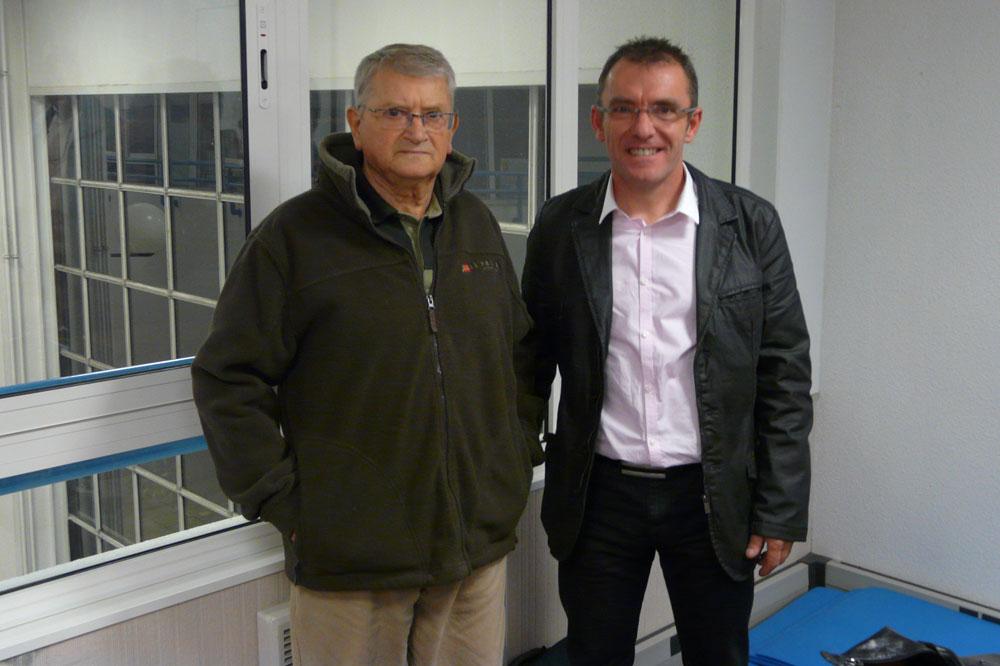 Richard Vivien, nouveau président du Tour de Normandie, et Raymond-Marcel Anquetil, fondateur de l'épreuve