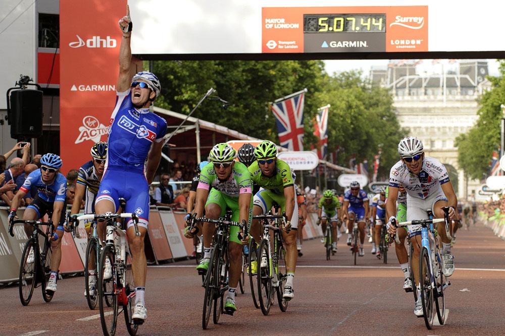 Arnaud Démare victorieux sur le Mall