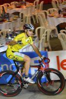 Ryan Hellal en jaune