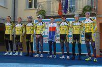 Les coureurs de la formation tchèque Dukla Praha
