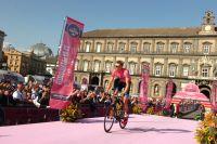 Ryder Hesjedal remet son maillot rose en jeu