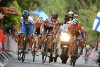 Marianne Vos toise ses adversaires