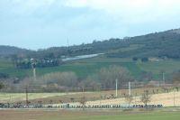 Le peloton au bord des collines