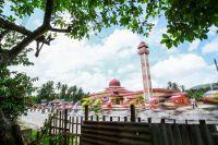 En Malaisie, le peloton file à toute allure