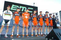 L'équipe BMC autour de Philippe Gilbert