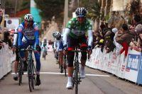 Thomas Lövkvist coupe la ligne devant Riccardo Chiarini, le Tour Med est dans sa poche