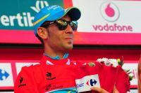 Vincenzo Nibali a le visage boursouflé