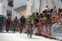 Dans les ruelles vertigineuses de Valdepeñas de Jaen, Daniel Moreno passe à l'attaque