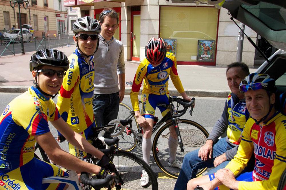 Christophe Oriol auprès des jeunes de l'AC Lyon Vaise