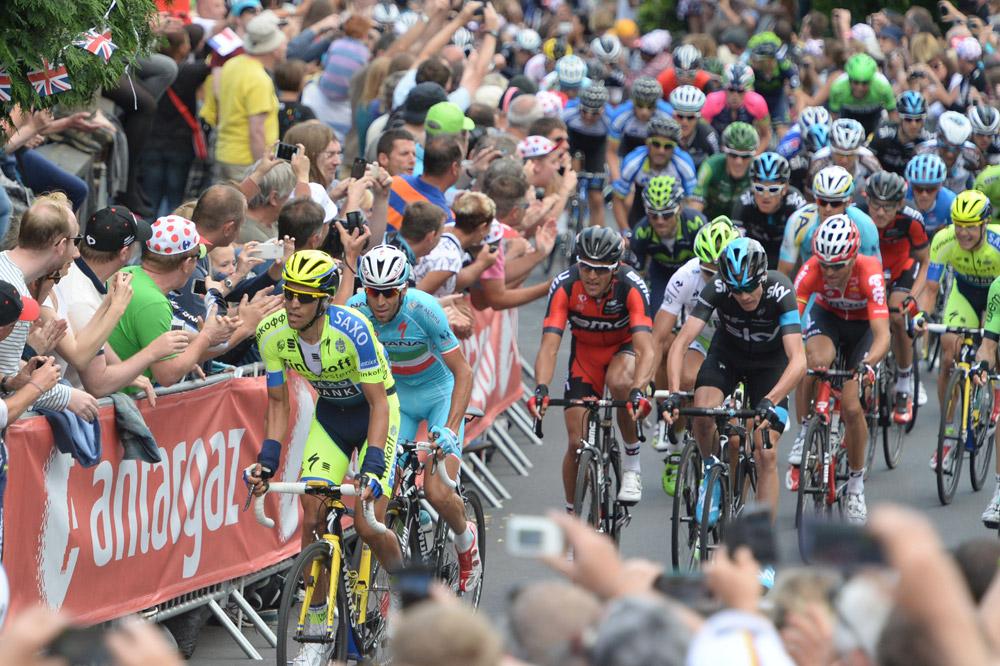 Contador attaque, Nibali répond, Van Avermaet se place