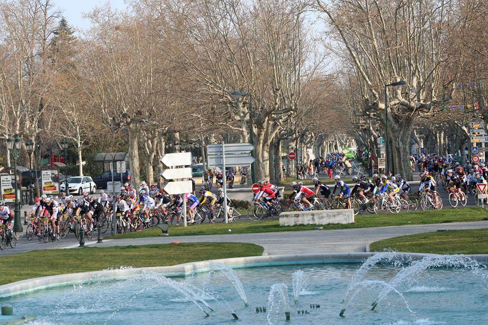 Les cyclos envahissent les allées de Montélimar