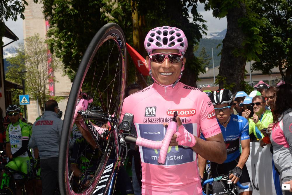 Premier jour en rose pour Nairo Quintana
