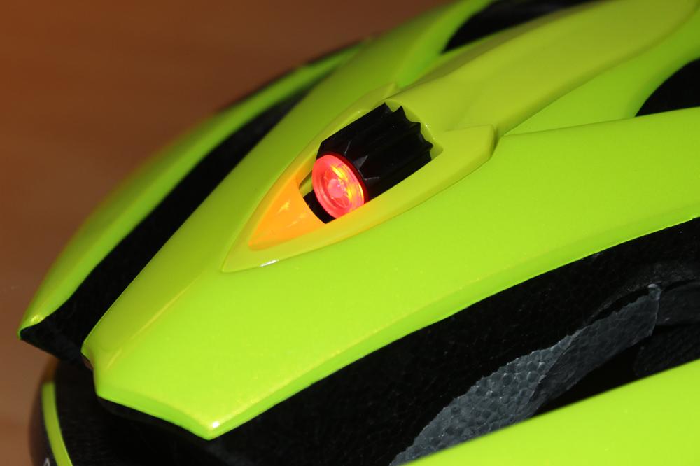 La LED incorporée au système de serrage Rollsys
