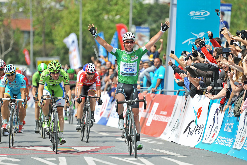 Mark Cavendish enlève sa quatrième étape