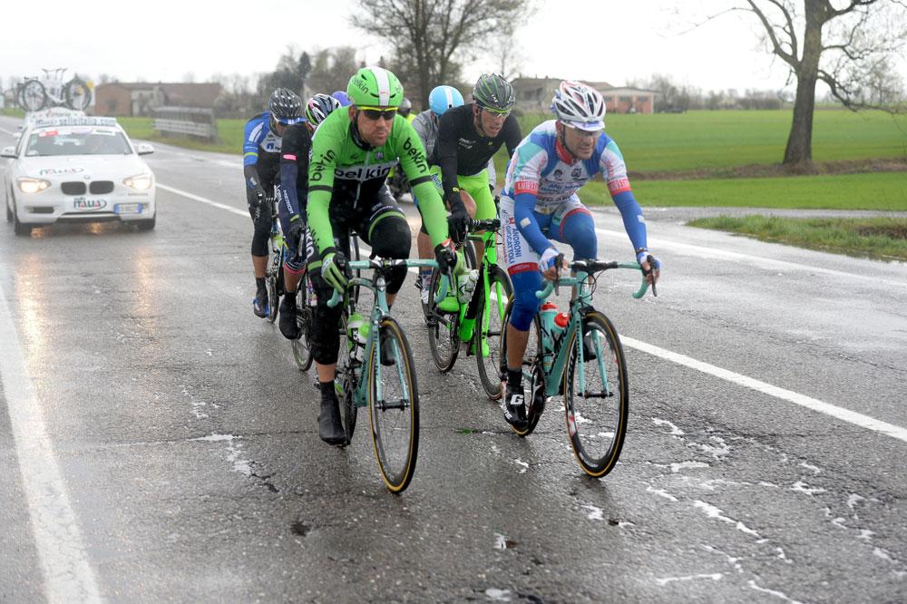 Maarten Tjallingii et Antonio Parrinello ouvrent la route humide de Milan-San Remo