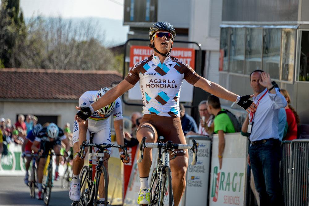 Carlos Betancur triomphe sur Paris-Nice
