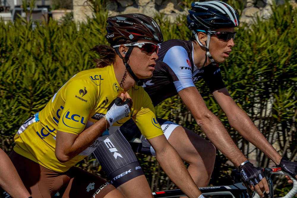 Le porteur du maillot jaune Carlos Betancur