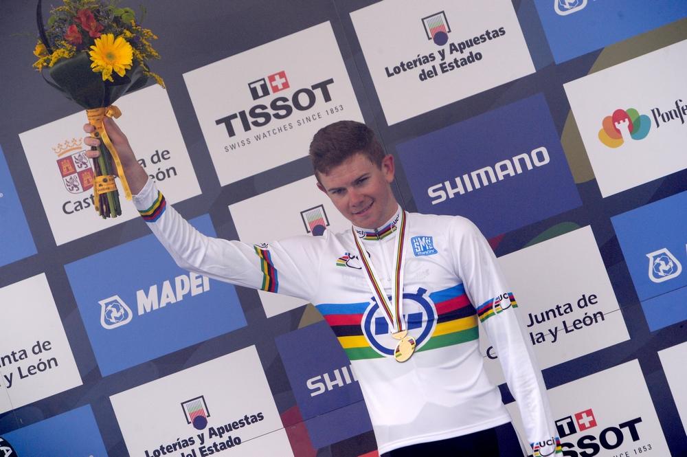 Campbell Flakmore devient Champion du Monde