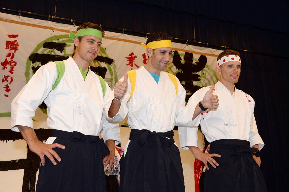 Peter Sagan, Vincenzo Nibali et Rafal Majka en curieux samouraïs