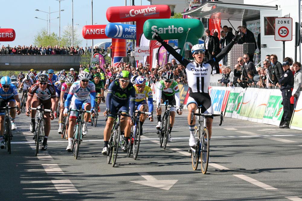 Jonas Ahlstrand ouvre son palmarès à Angers
