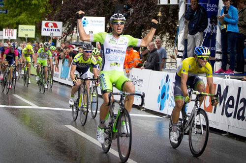 Sonny Colbrelli vainqueur au sprint