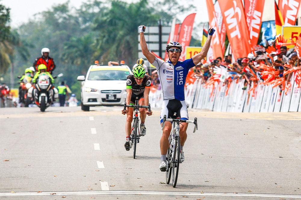 Bradley White s'impose en Malaisie