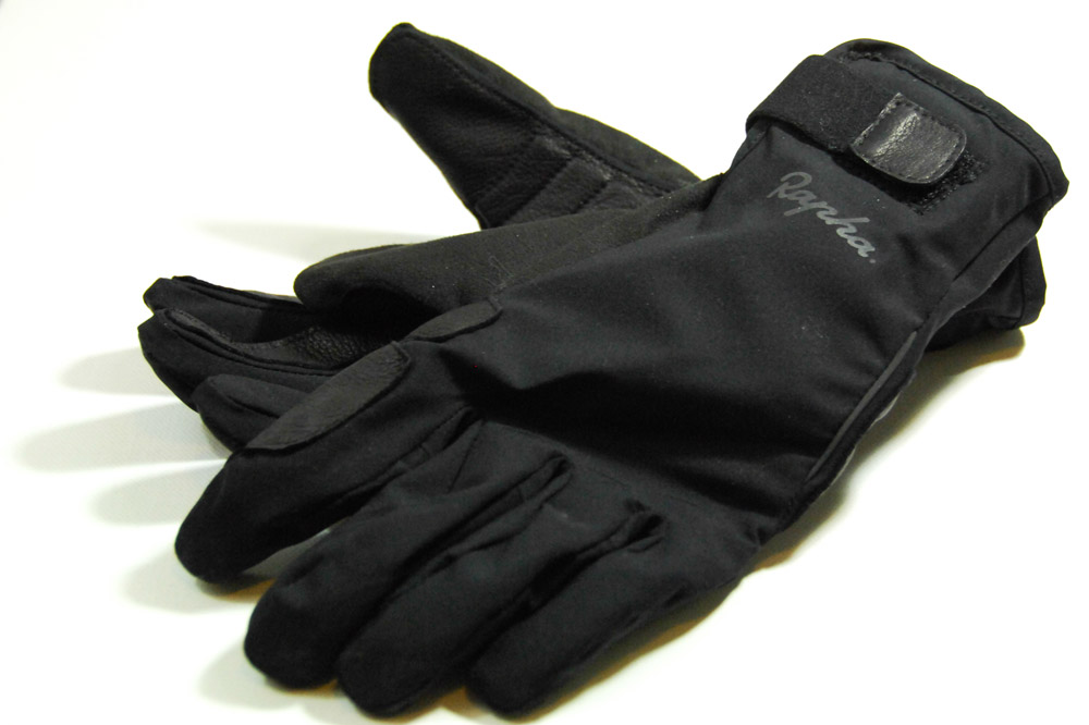 Les gants longs Rapha