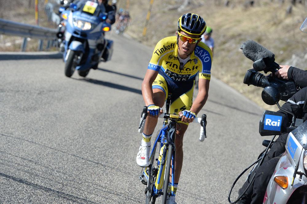 Alberto Contador donne l'assaut