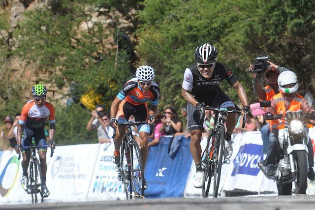 Julian Arredondo s'en va conquérir une nouvelle étape au Tour de San Luis
