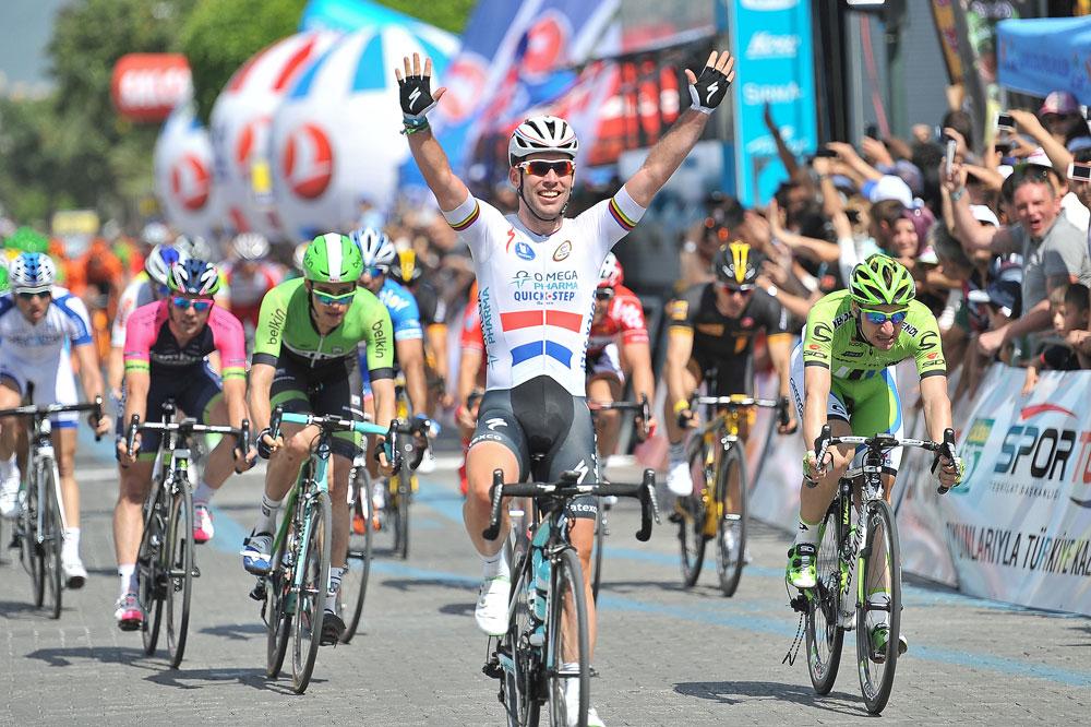 Mark Cavendish vainqueur au sprint pour son retour en Turquie