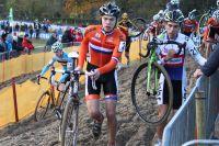 Adam Toupalik et Joris Nieuwenhuis font comme ils peuvent dans le sable de Coxyde