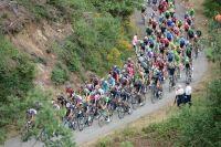 Le peloton du Giro en direction des Alpes