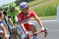Nacer Bouhanni défend le maillot rouge