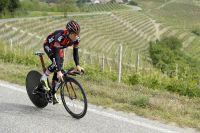 Cadel Evans en reco ce matin dans les vignes piémontaises