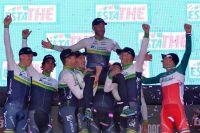 Les Orica-GreenEdge célèbrent leur victoire