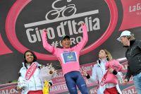 Nairo Quintana triomphe en rose