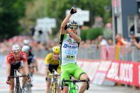 Une célébration de victoire toute singulière pour Stefano Pirazzi