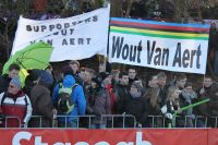 Les supporters de Wout Van Aert sont ravis