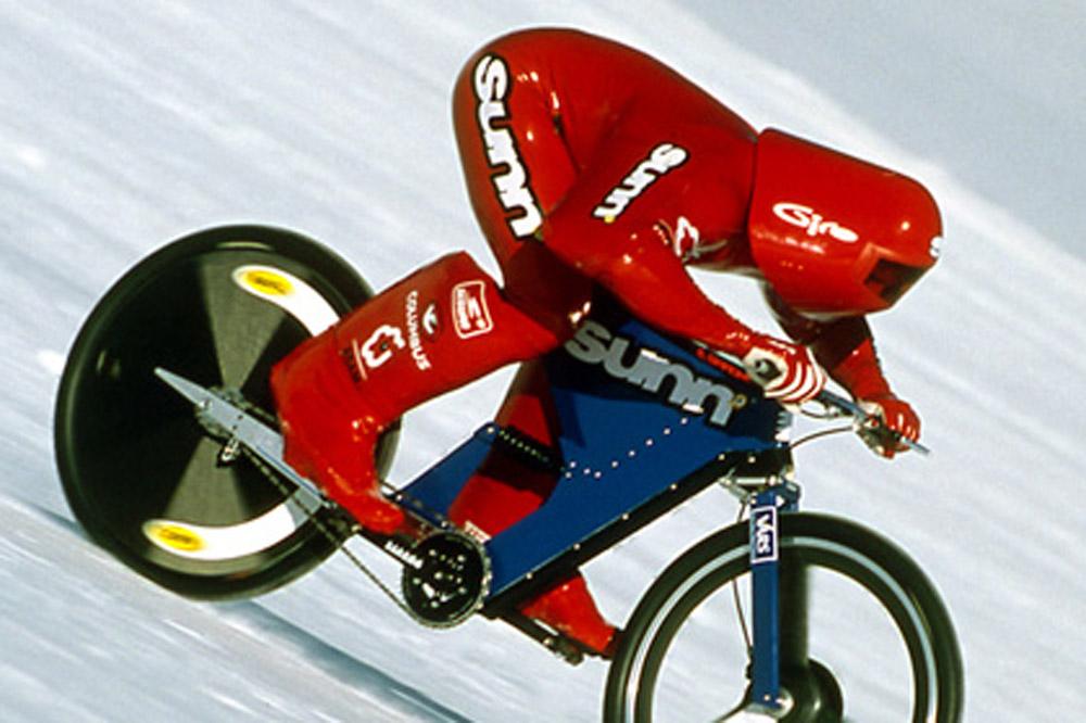 Eric Barone dépasse pour la première fois la barre des 200km/h en 1997