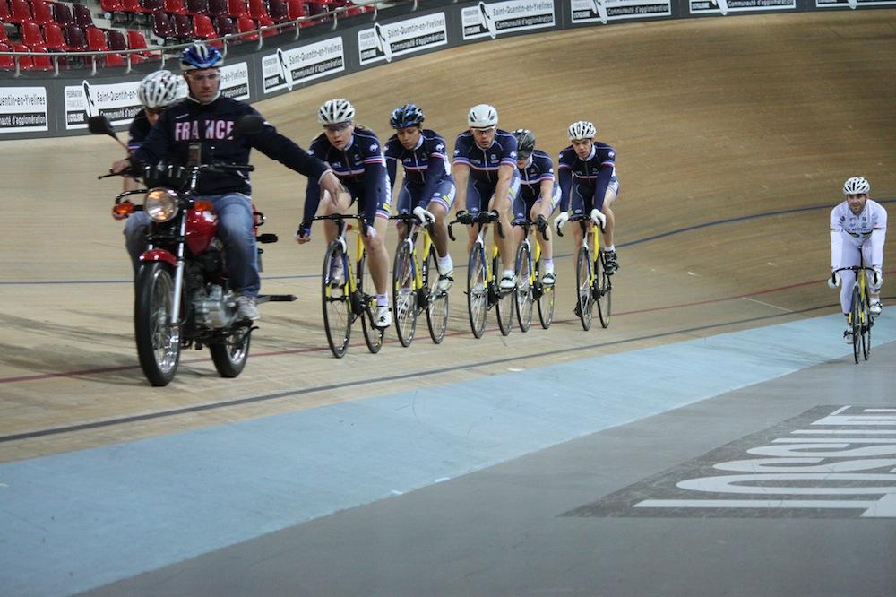 L'équipe de France sur la piste de Saint-Quentin-en-Yvelines