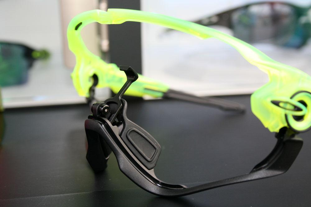 fausse lunette oakley jawbreaker