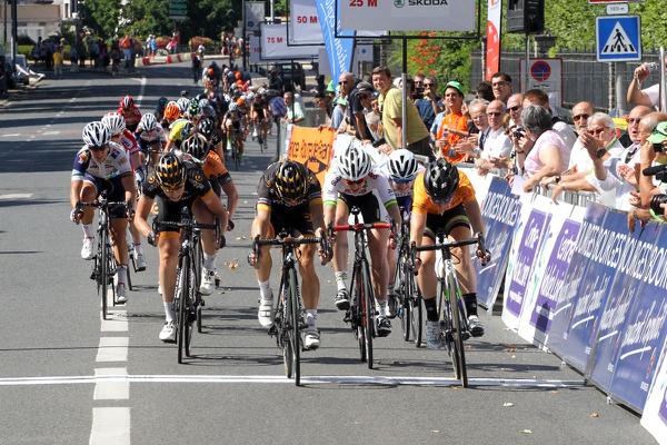 Victoire sur le fil de Giorgia Bronzini à Bourges