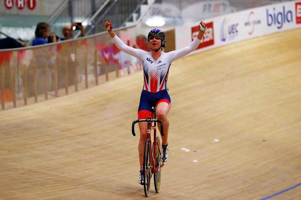 Katie Archibald triple médaillée d'or aux Europe
