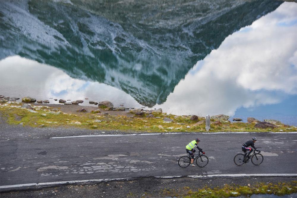 Haute route entre mythe et exploration actualit v lo for Haute route des alpes