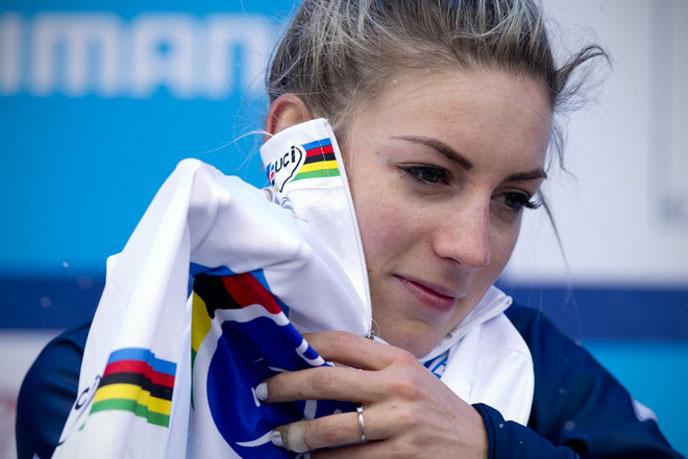 Pauline Ferrand-Prévot championne du monde de cyclo-cross
